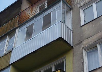 Balkonų skardinimas ir stiklinimas